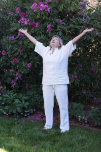 Margie, Qigong teacher, drawing in Heavenly energy
