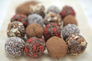 Healthy decadent chocolate balls